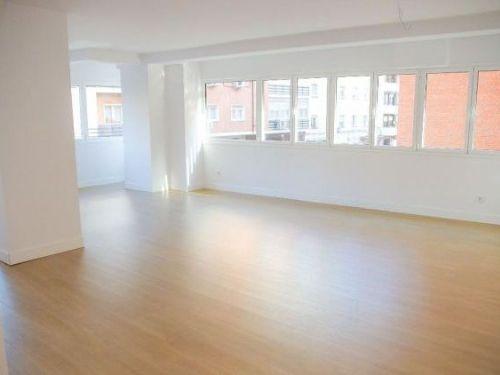 Hispanoamérica – piso de lujo con garaje 195 m²