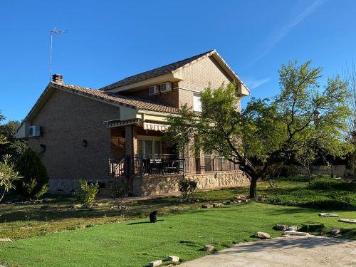 El Escorial-Los Arroyos, chalet indpte. 218 m², parcela de 1.500 m², seminuevo