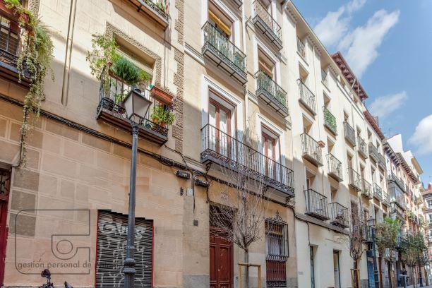 Apartamento exterior en Chueca – 2 balcones