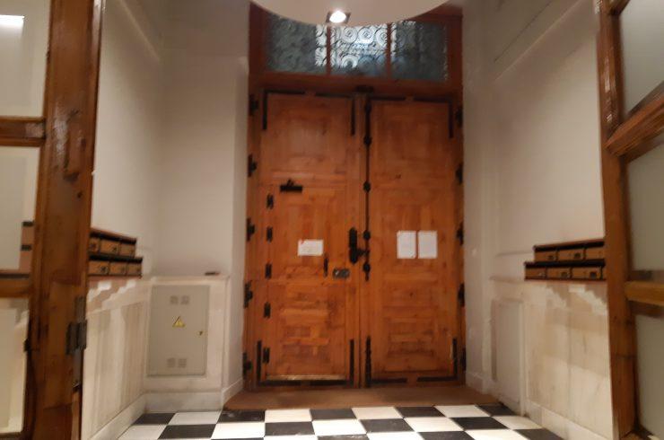 Piso en Bº Palacio-Cta. de Sto. Domingo – 208 m²